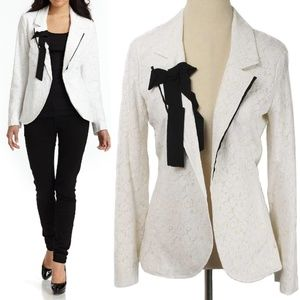 NWT Pencey Ivory Lace Black Bow Open Front Blazer